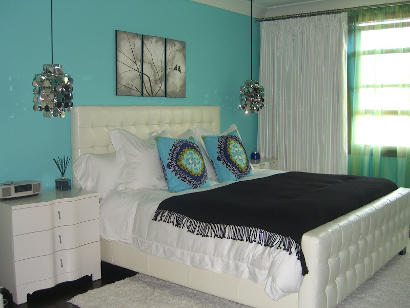TURQUOISE: COLOR OF THE YEAR title=
