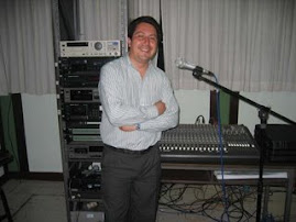 Juan Lecca Entrevisto a: Hugo Romani desde Buenos Aires Argentina por R700 La Grande Satelital