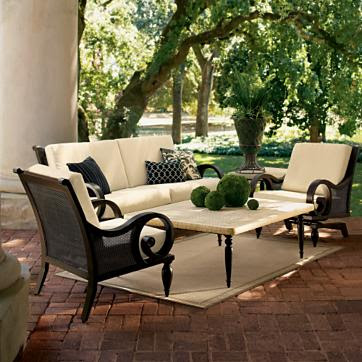 Elegant-victorian-style-modern-luxury-sofa-outdoor-furniture-set-with-table