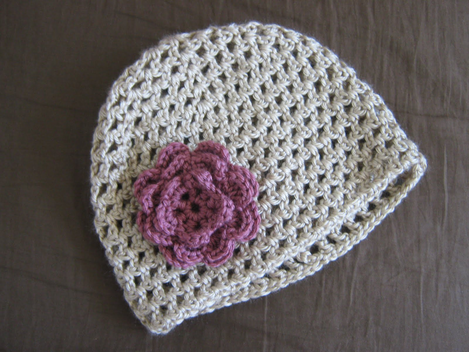 Video On How To Crochet : daughters: How to Crochet a Flower!