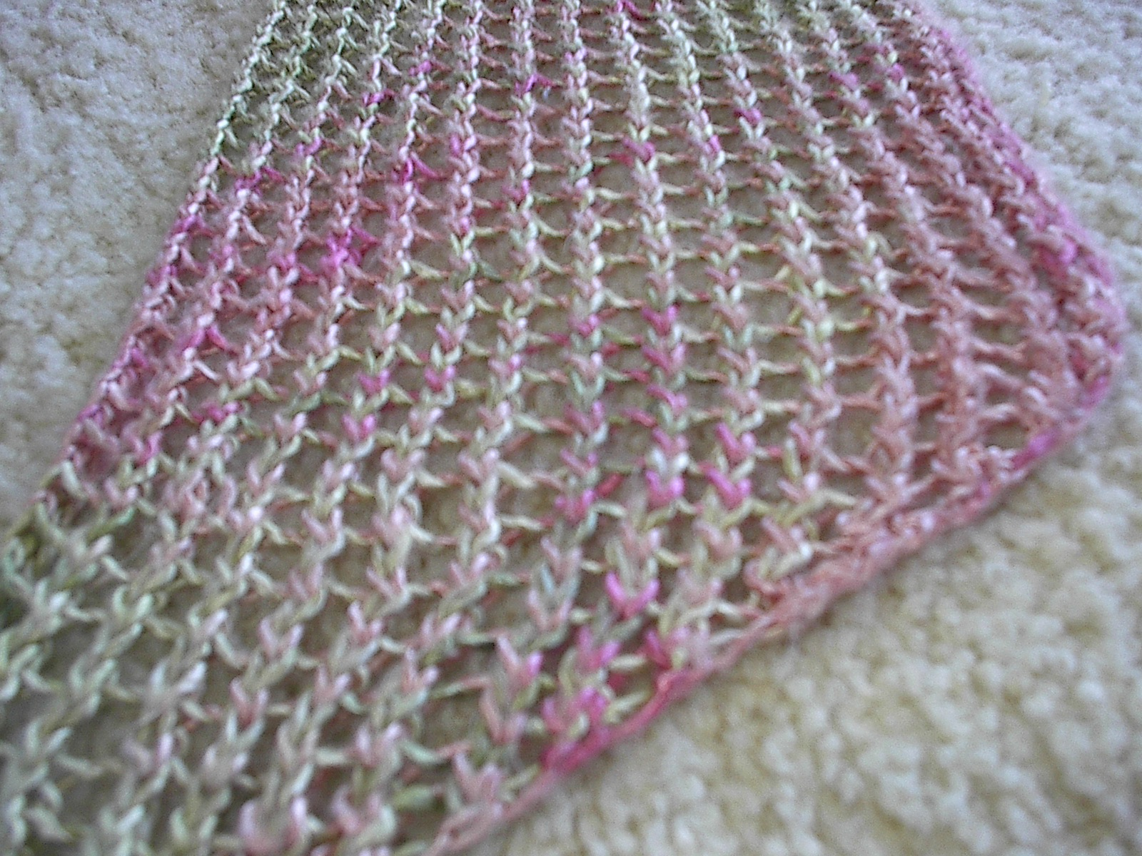 Knit Lace Stitch Scarf : Knitting Lace Stitches