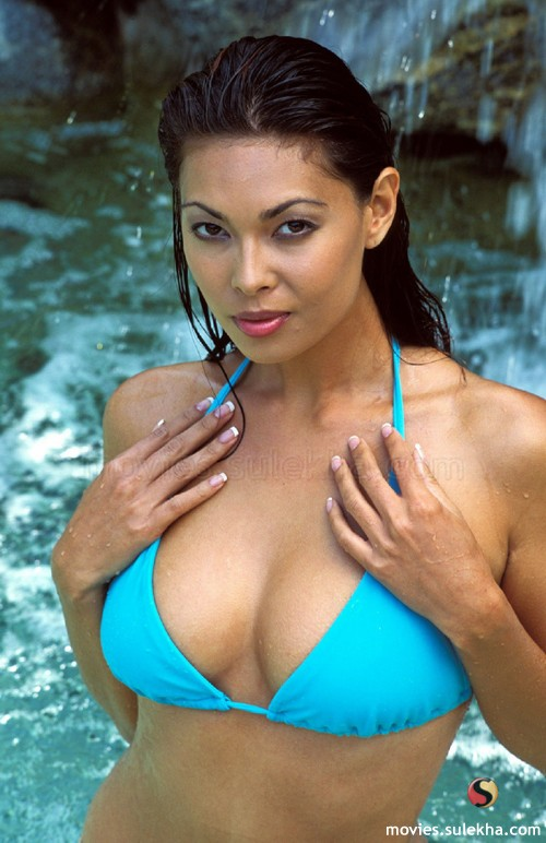 Tera Patrick (porn STAR, and she actually IS a