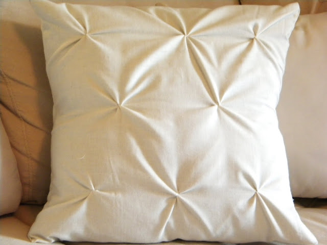 DIY Pucker Pillow