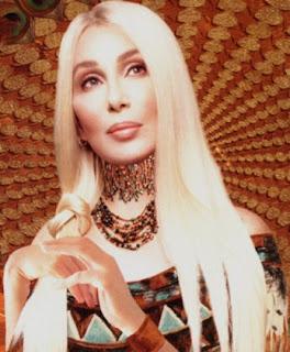 Christina Aguilera y Cher en el cine