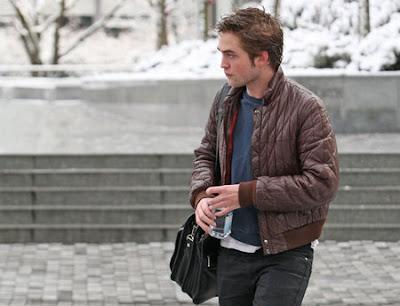 Robert Pattinson sólo en Londres sin Kristen