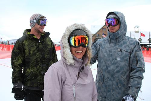 Elsa Pataky  en la nieve con Chris