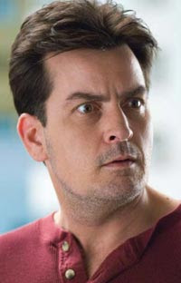 Charlie Sheen al hospital por bueno