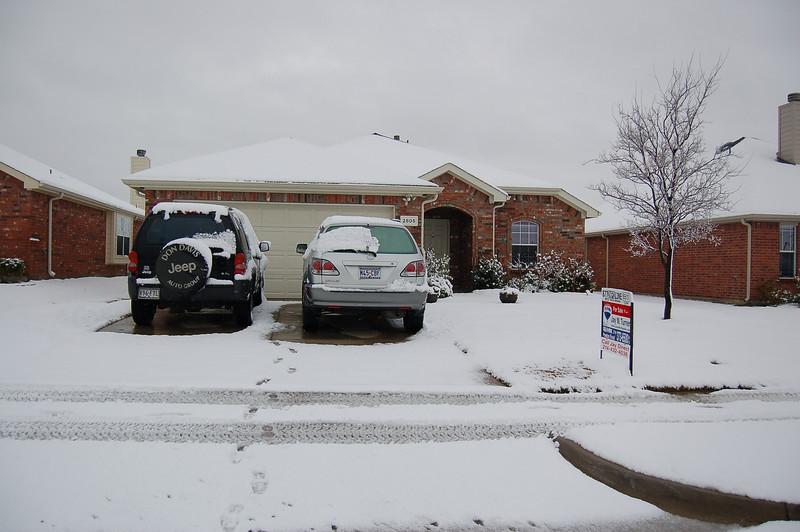 [house+snow]