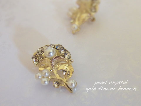 pearl crystal gold brooch