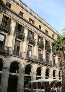 Rincones secretos de barcelona cata de vinos entre obras for Cata de vinos barcelona
