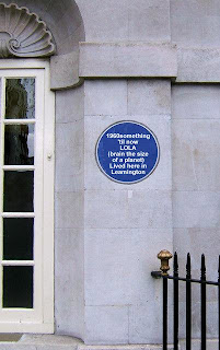 Blue plaque: 1960something 'til now LOLA (brain the size of a planet) Lived here in Leamington