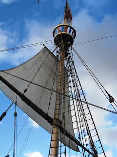 Looking up the mast to the crow's nest