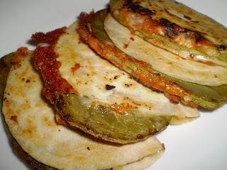 Saz n del coraz n quesadillas de nopal for Cocinar nopal