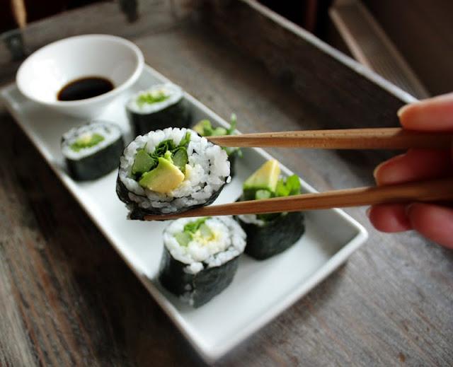 Oppskrift Hjemmelaget Sushi Maki Vegetar Vegan Hvordan Lage