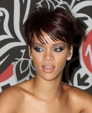 rihanna hairstyles short hair. RIHANNA SHORT HAIRSTYLES 2009