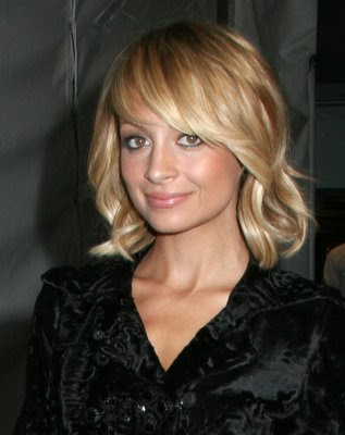 CIMG2986 Short Sassy Hairstyle haircuts for diamond shaped faces,
