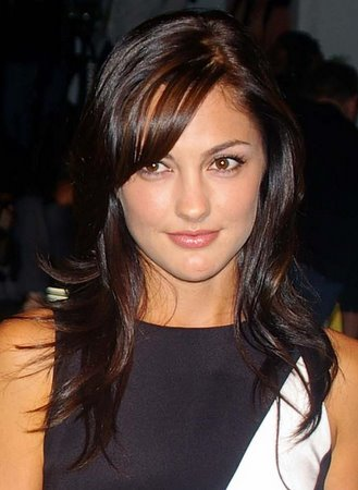 medium hairstyles with bangs. dresses 2010 Hairstyles for