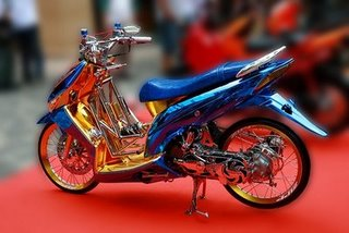 Mick Sheeshan  Modivikasi Honda Vario 2010 Low Rider