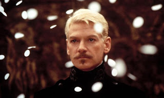 Kenneth Branagh em Hamlet, filme de 1996. Adapataçao da obra máxima de William shakespeare