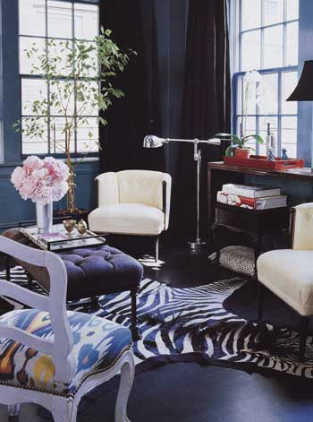 Design dilemma what 39 s black and white and blue all over for Living room ideas zebra