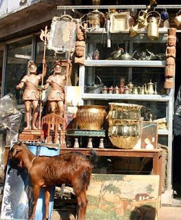 Chor Bazaar antique shop