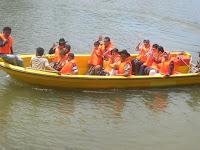 perahu di kandi