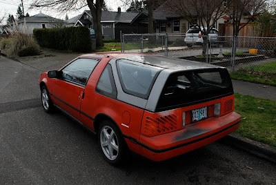 OLD PARKED CARS.: 1987 Nissan Pulsar NX Sportbak.
