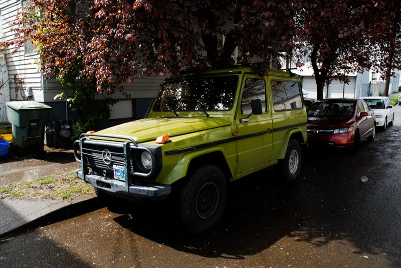 Mercedes Benz Suv. 1981 Mercedes-Benz 240 GD