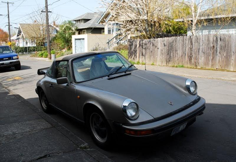 Old Parked Cars 1979 Porsche 911sc Targa
