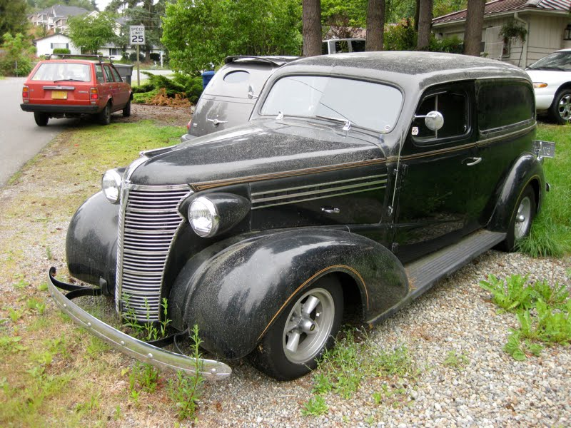 OLD PARKED CARS.: 1938 Chevrolet Master Sedan Delivery.