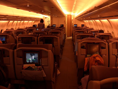 how to get an upgrade on a singapore airlines flight