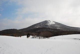 道後山の雪山体験山歩き