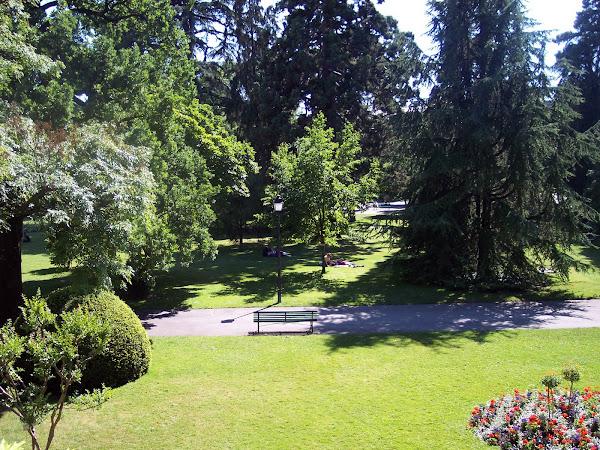 Alcouzo lugar da infancia lugar da terra for Jardin anglais geneve suisse