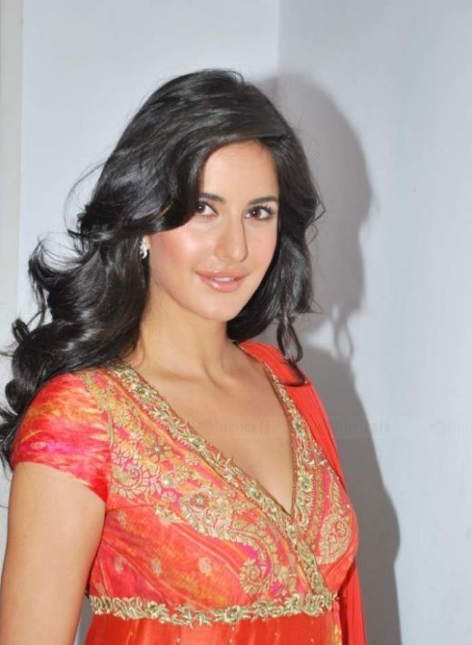 1 Katrina KAif in Suit babes