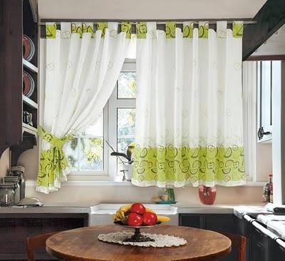 Colchas cortinas cojines juego de ba os juego de for Cortinas faciles para cocina