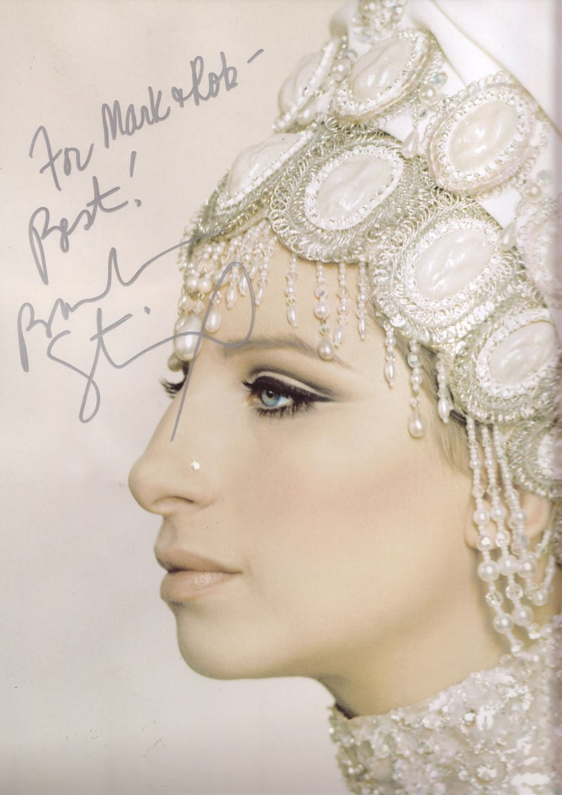 http://2.bp.blogspot.com/_MtcG6Tn8mk8/TSJCpMP3DpI/AAAAAAAABRw/bUGw4xsqBac/s1600/Barbra_Streisand-r858318.jpg