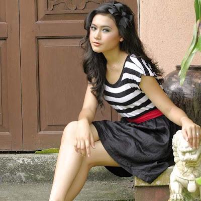 Gambar Erin Malek - Pelakon Remaja Cantik