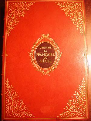 maroquin rouge avec médaillon mosaïqué