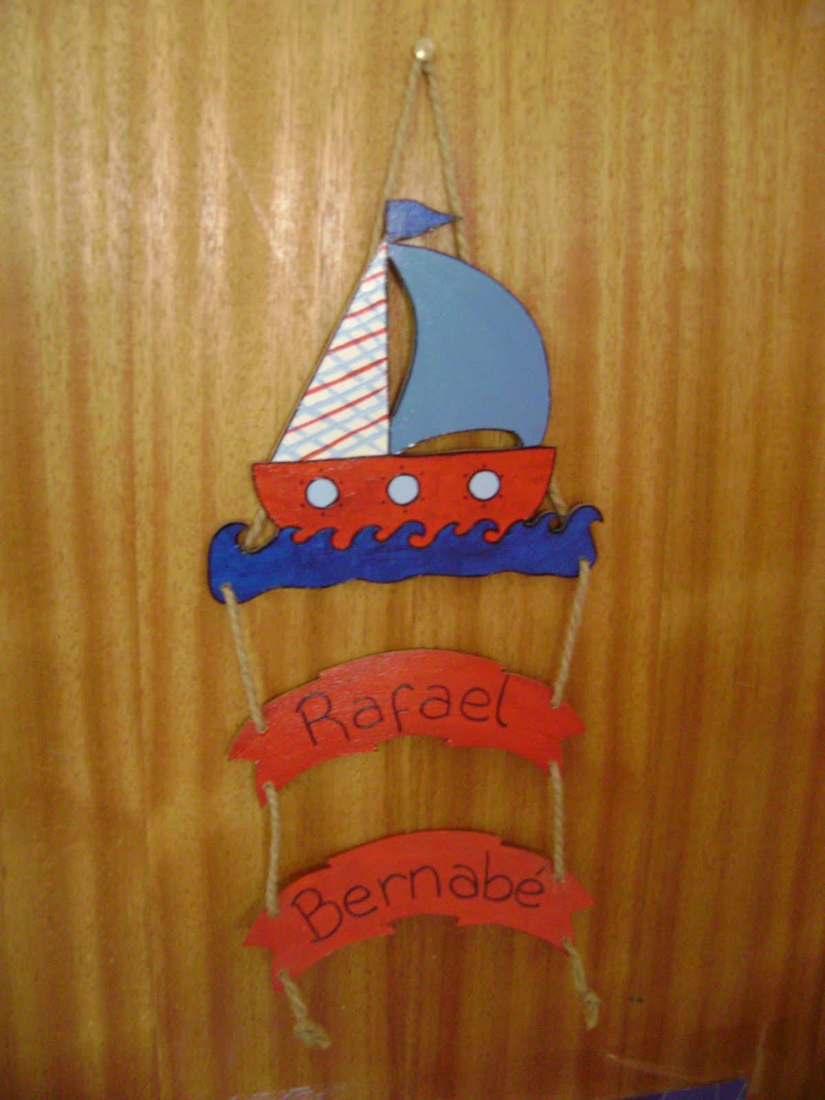 ... más: Estilo marinero: cartel, percheros e iluminación