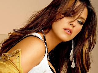 sensual Alicia Machado