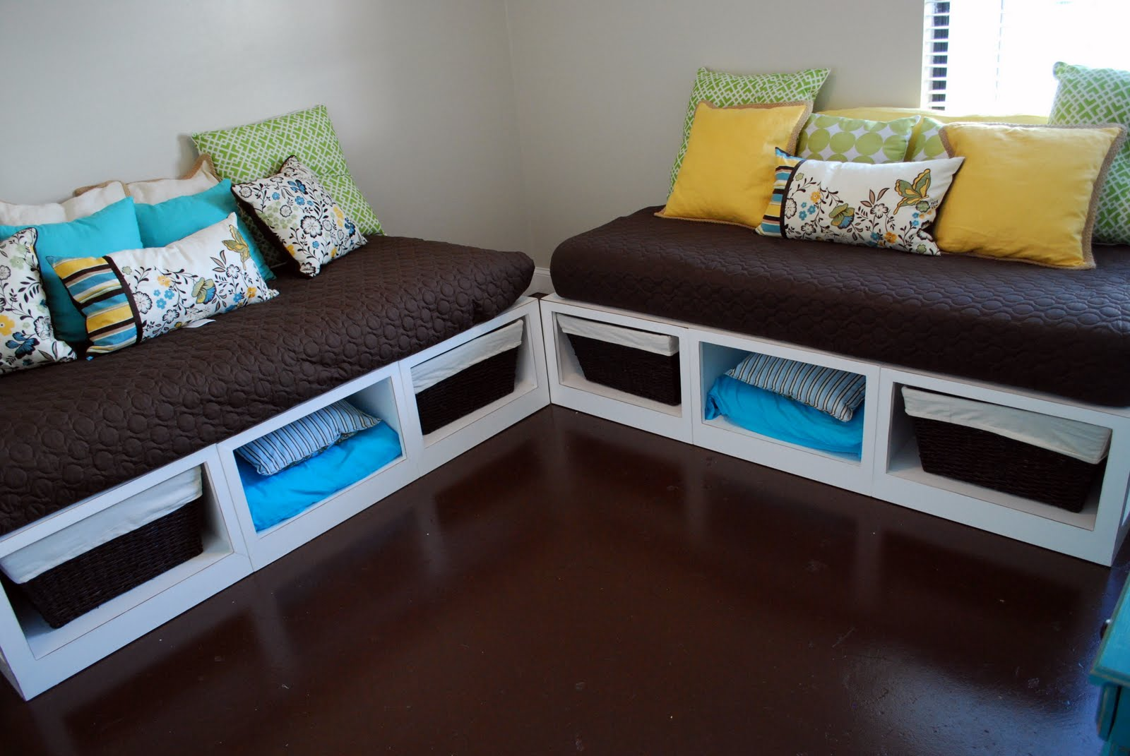 Remodelaholic Building Your Own Daybeds