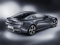 New Aston Martin V12 Vantage Photo