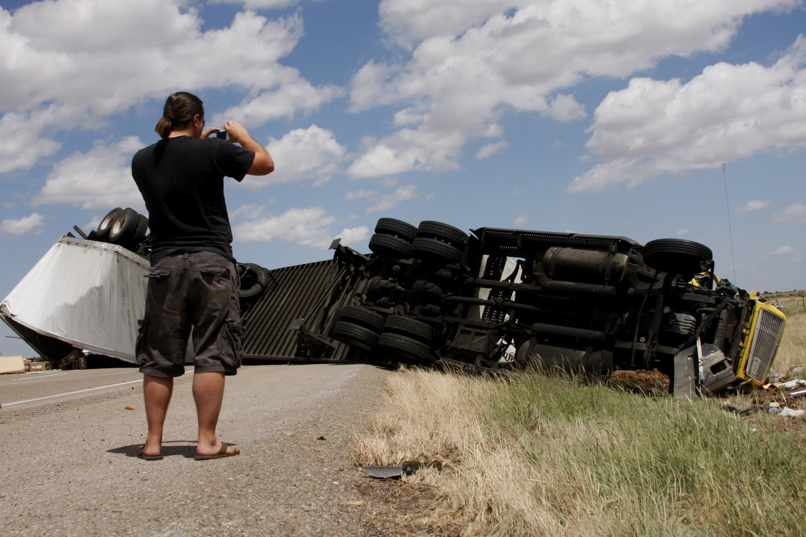 New mexico guadalupe county santa rosa - A Semi Trailer Heading East On Interstate 40 Collides With A Ford Explorer 5 Miles West Of Santa Rosa New Mexico July 25 The Guadalupe County