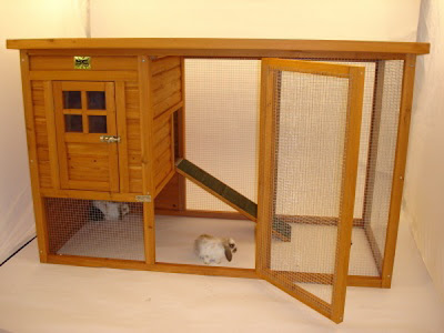 Rabbit advice the student room for Cage lapin exterieur