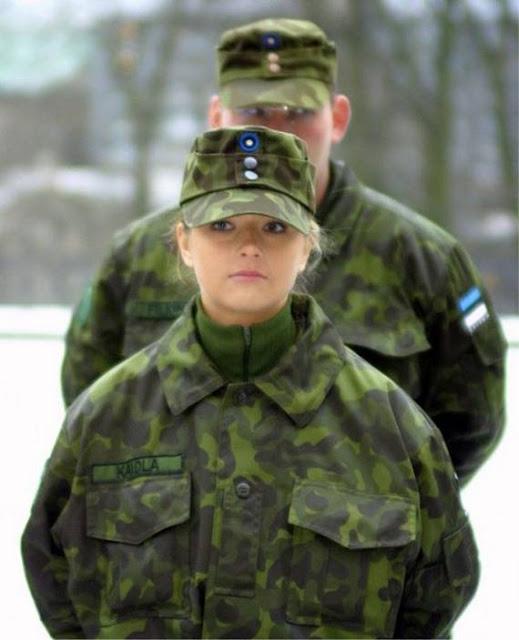 Những nữ cảnh sát dũng cảm xinh đẹp của các nước World%27s+Most+Bravest+Uniformed+Ladies+12