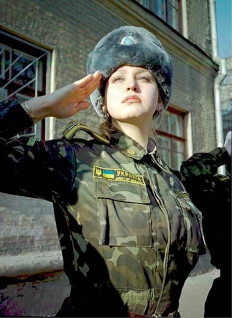 Những nữ cảnh sát dũng cảm xinh đẹp của các nước World%27s+Most+Bravest+Uniformed+Ladies+46