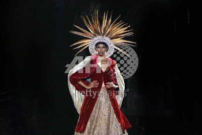 Varun Bahi India Couture Week