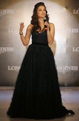 Aishwarya Rai Bachchan - Page 2 Aishwarya_Rai_Bachchan_Launch_LonginesHydroConquestwatches_Kolkata