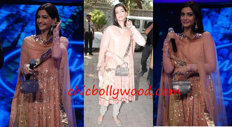 Sonam Kapoor Delhi 6 promotion Indian Idol 4 peach Sabyasachi churidaar