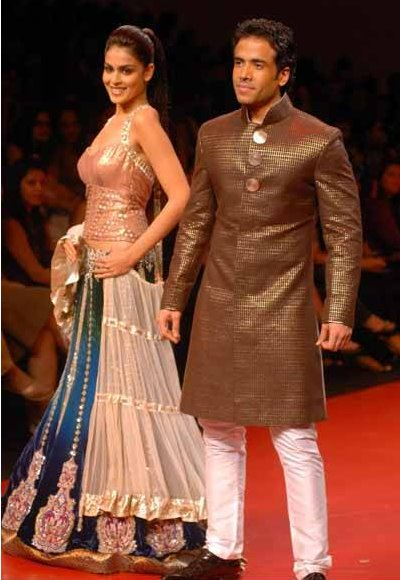 Genelia D'Souza Tusshar Kapoor Manish Malhotra Lakme Fashion Week day 1